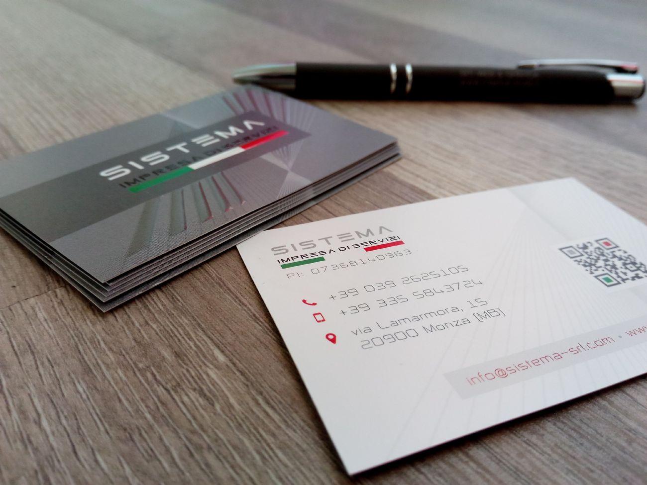 Stampa biglietti da visita con dettagli lucidi
